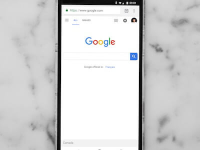 The Google Homescreen on an iPhone